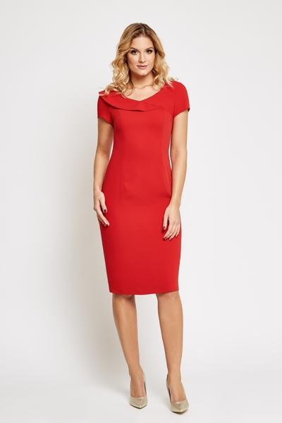 Czerwona sukienka do kolan z krótkim rękawem
