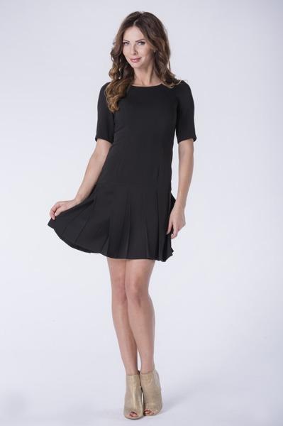 Krótka sukienka czarna